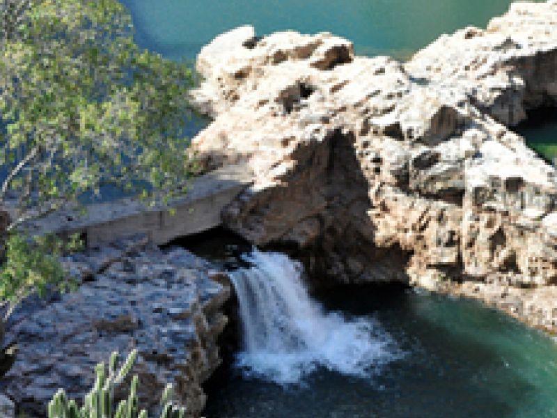"""""""É belíssimo o ponto de que se descobrem sete cachoeiras"""""""