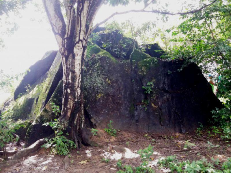 A lenda da Ilha de São Pedro e o nome Penedo