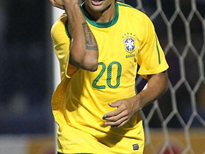 Com direito a mais um golaço de Neymar, Brasil derrota a Colômbia