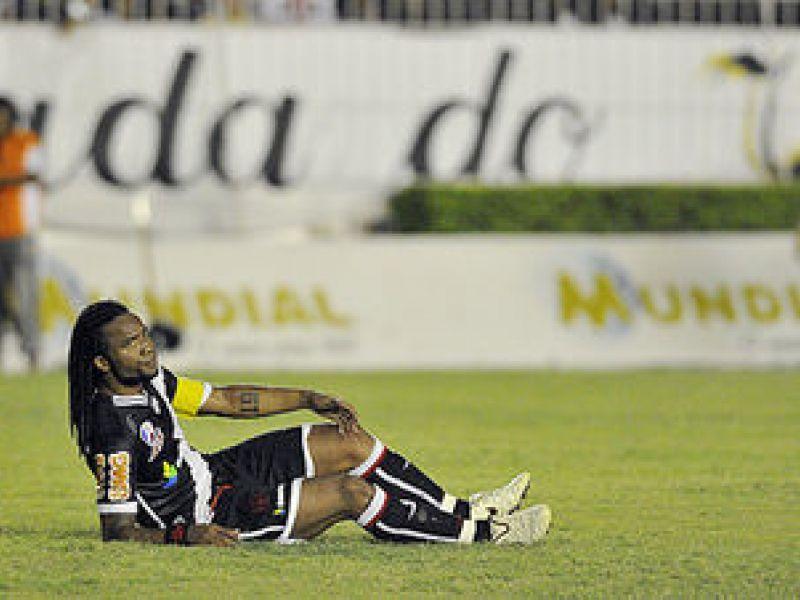 Na estreia do Cariocão, Vasco é surpreendido pelo Resende