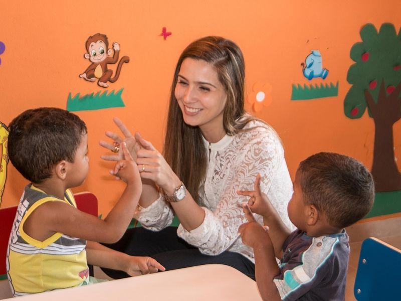 Projeto concede título de Cidadã Honorária do Estado de Alagoas a primeira-dama, Renata Calheiros