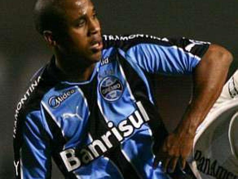 No Grêmio, Borges fratura a tíbia e só deverá voltar ao futebol em 2011