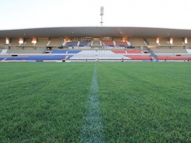 Projeto de lei muda o nome do Estádio Rei Pelé para Estádio Rainha Marta