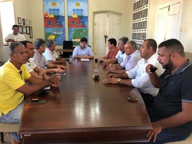 Em reunião com vereadores, Marcius Beltrão reitera apoio a Ronaldo Lopes em 2020