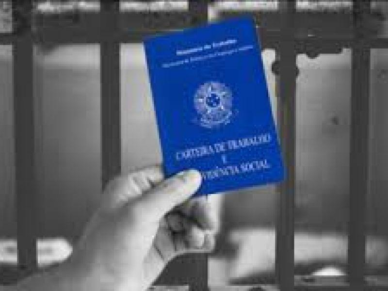 Comissão de Justiça aprova certificado para empresas que contratarem ex-presidiários