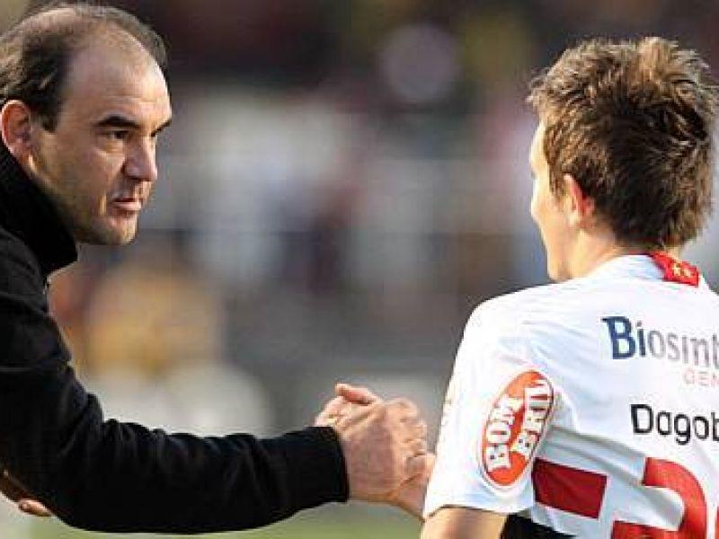 """Dagolberto"" marca três e São Paulo passa pelo Grêmio"