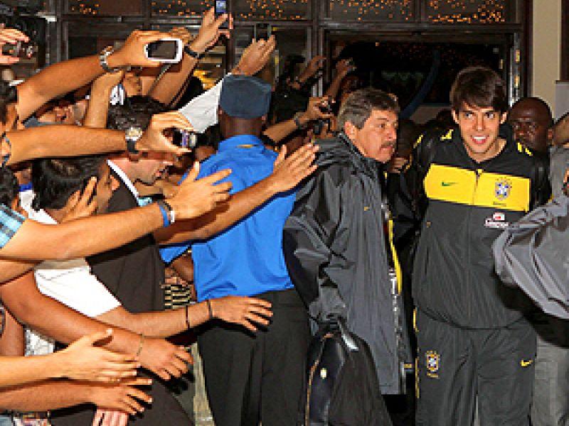 Sem Júlio Cesar, Brasil chega à Tanzânia para último amistoso