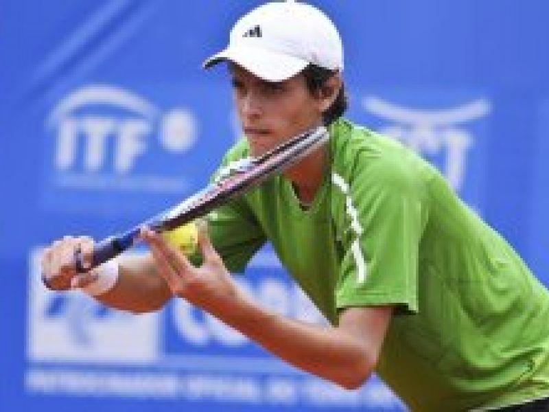 Tiago Fernandes estreia com vitória em Roland Garros