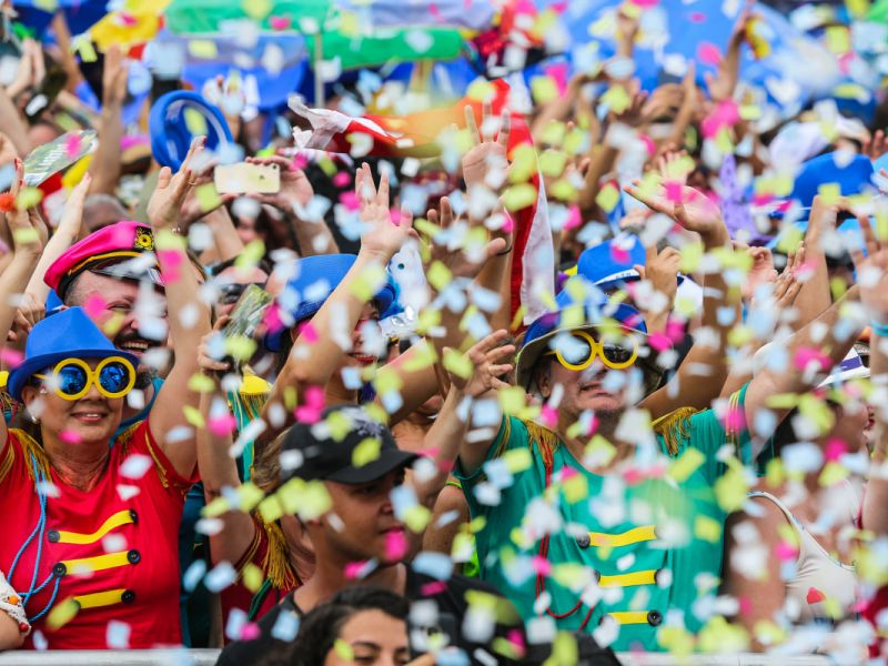 1ª prévia carnavalesca, pagode, MPB e paredões agitarão Penedo no fim de semana