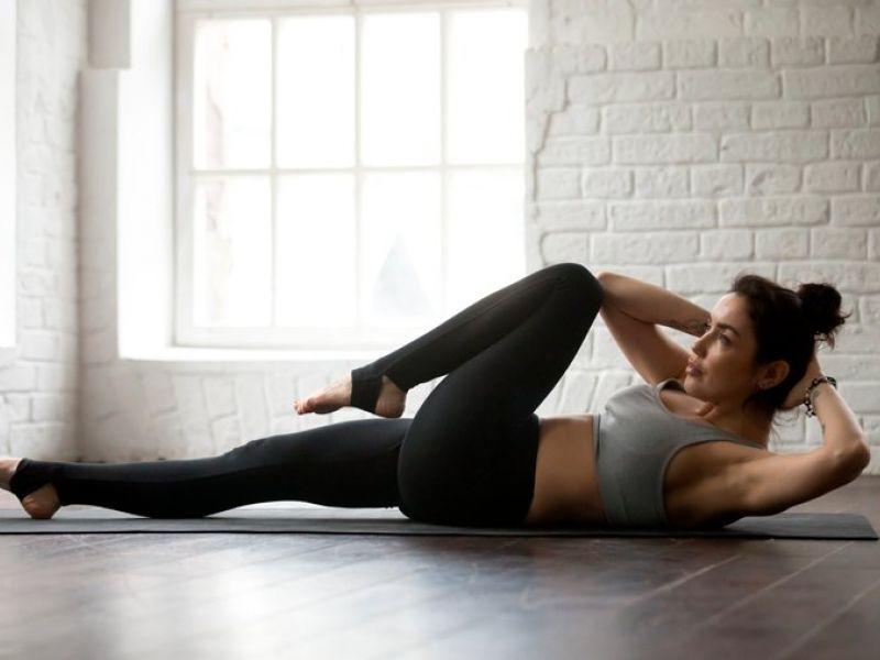 Relaxe na quarentena praticando Yoga