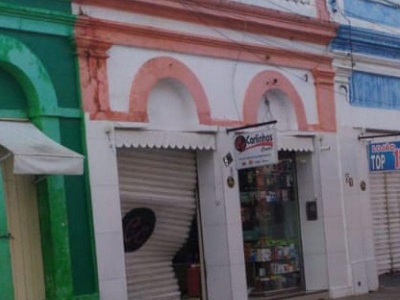 Acusados de roubar loja de celulares e eletrônicos em Penedo são presos; veja vídeo