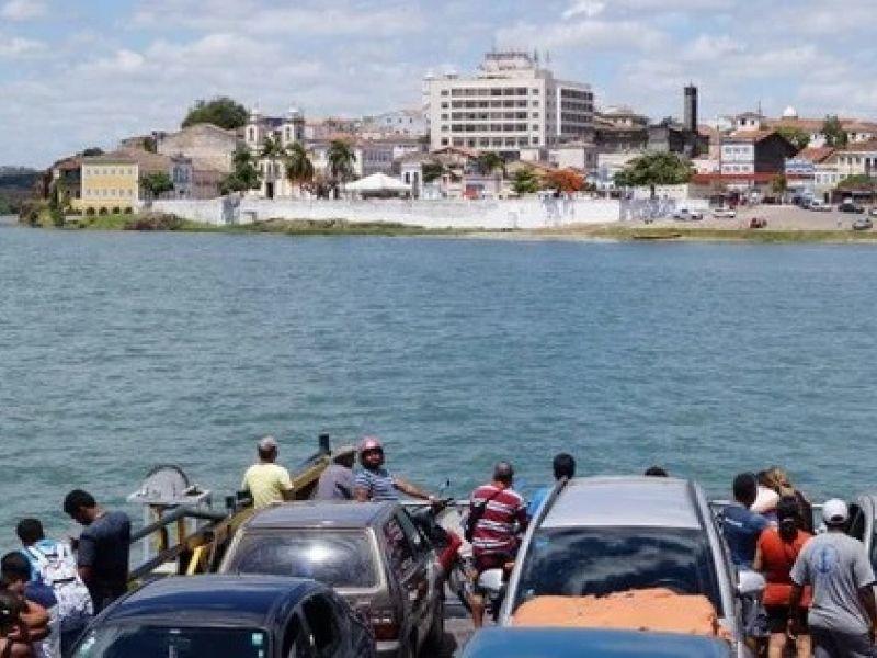 Balsas paralisam atividades por 10 dias entre Alagoas e Sergipe