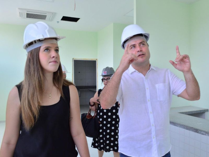 Deputada pede a inauguração dos hospitais da região Norte e da Mata para atender pacientes da Covid-19