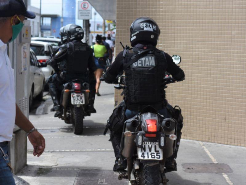 Não usar máscara pode resultar em processo criminal por expor população ao perigo de contágio