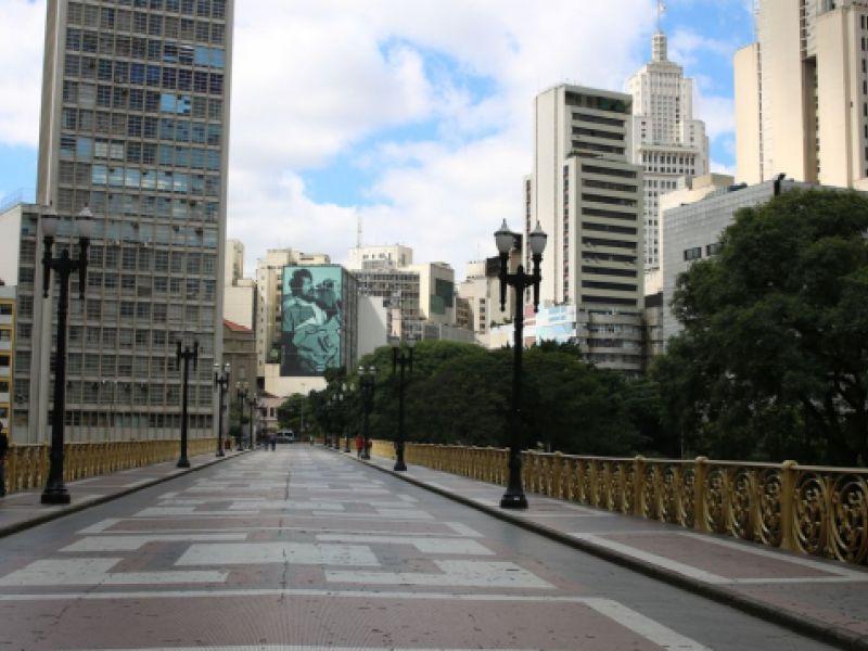 Taxa de isolamento fica em 55% no estado de São Paulo. Capital tem 57%