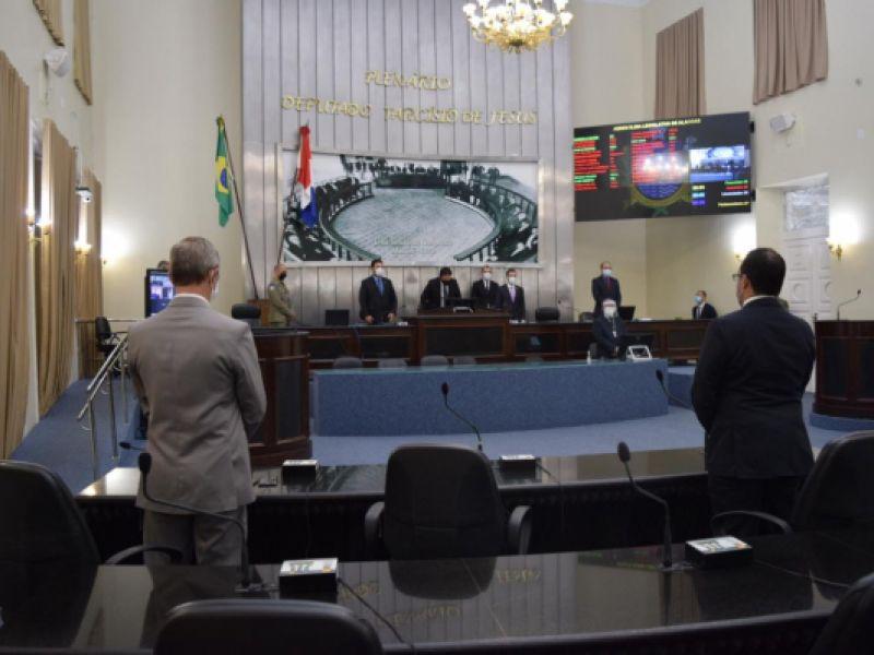 Parlamento alagoano lamenta os mais de 500 mortos pela Covid-19 e decreta luto