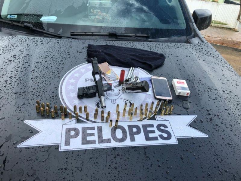 Armas de fogo e entorpecentes são apreendidos pela PM no interior de AL