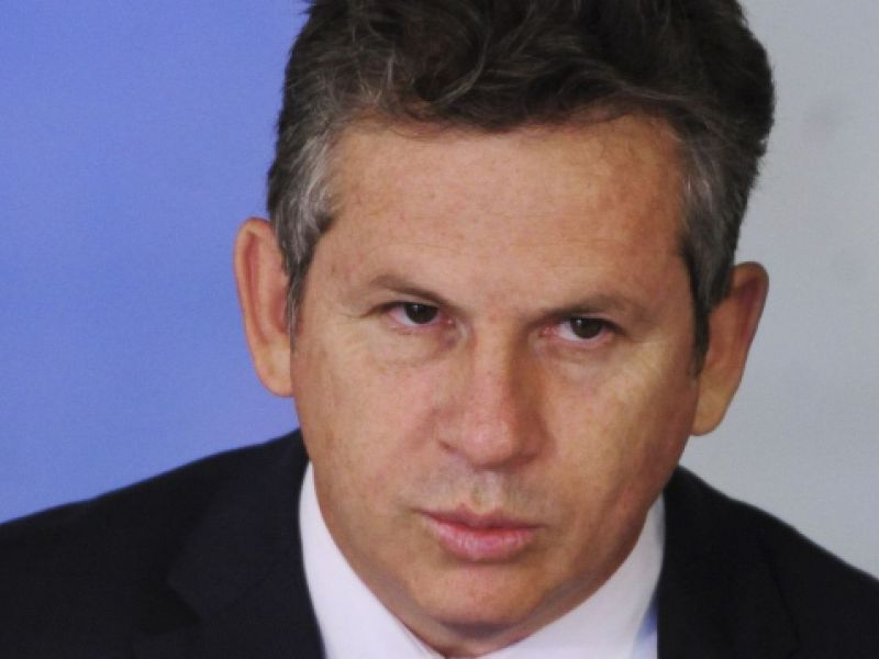 Governador de Mato Grosso testa positivo para covid-19