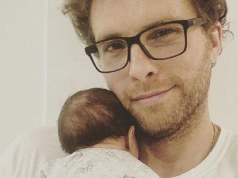 Thiago Fragoso se derrete pelo filho caçula: 'Maior amor do mundo'