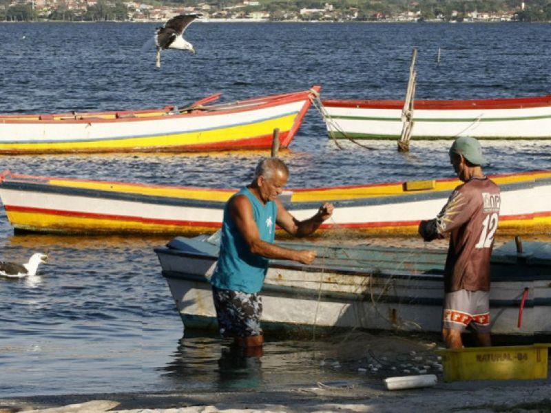Acordo viabiliza análise de 14 mil pedidos de benefícios para pescadores