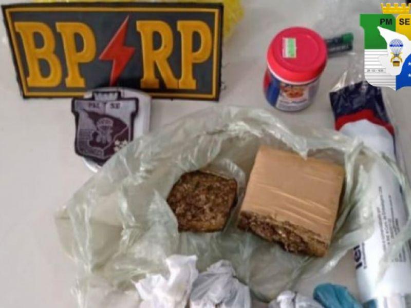 PM prende três pessoas por tráfico de drogas em Aracaju e Socorro