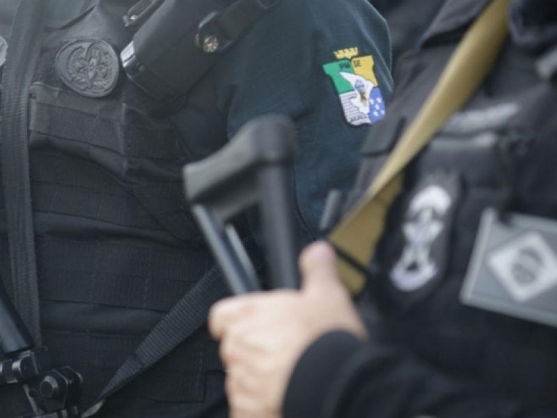 Polícias Militar e Civil prendem suspeito por porte ilegal de arma de fogo na capital