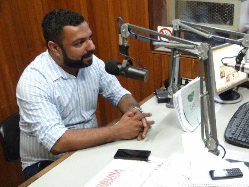 João Lucas afasta-se das atividades radiofônicas para participar das eleições
