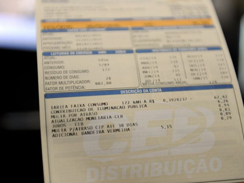 Projeto de lei proíbe reajustes na tarifa de energia elétrica em 2021