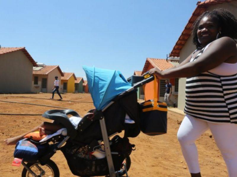 Projeto prorroga licença-maternidade até o fim da pandemia por conta do covid-19