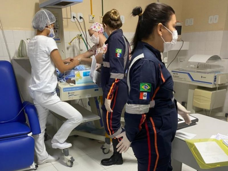 Bebê de dois meses consegue cirurgia cardiopediátrica e é transferido de Penedo para Recife