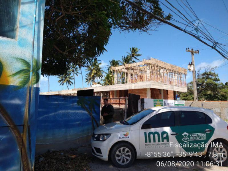 Construção em Maragogi é embargada e autuada por falta de licença ambiental