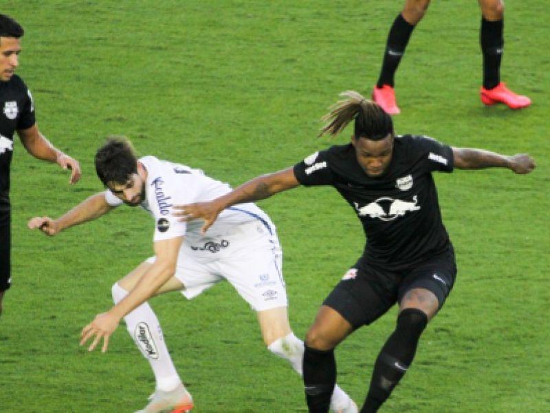 Bragantino arranca empate com o Santos na estreia do Campeonato Brasileiro