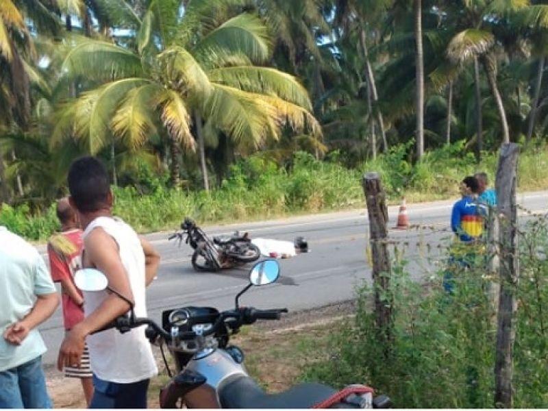 Motociclista que seguia em direção a Piaçabuçu morre após colidir com caminhão