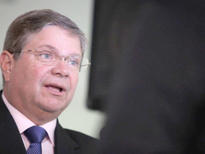 Após ser condenado por improbidade, ex-prefeito de Penedo é citado como inelegível pelo TCU