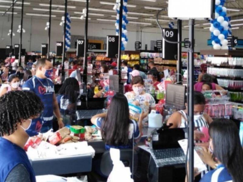 Mais amplo, climatizado e com novas sessões, Supermercado Vital é reinaugurado em Penedo