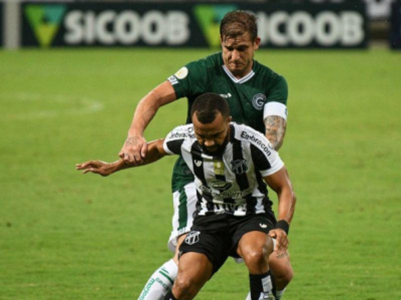 Com gol no fim, Goiás arranca empate com o Ceará pelo Brasileirão
