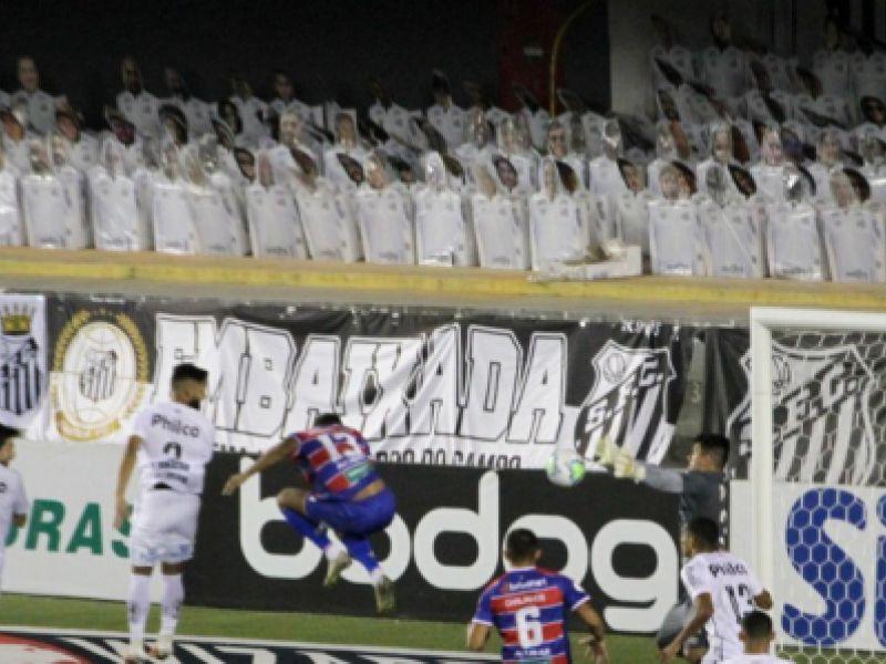 Em jogo de muitas chances, Santos e Fortaleza empatam pelo Brasileirão