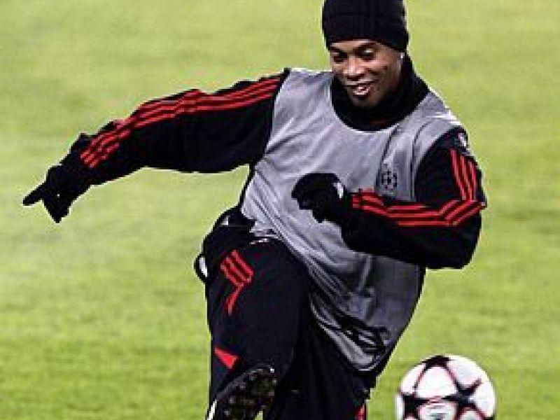 Manchester United x Milan fazem clássico mundial na Inglaterra