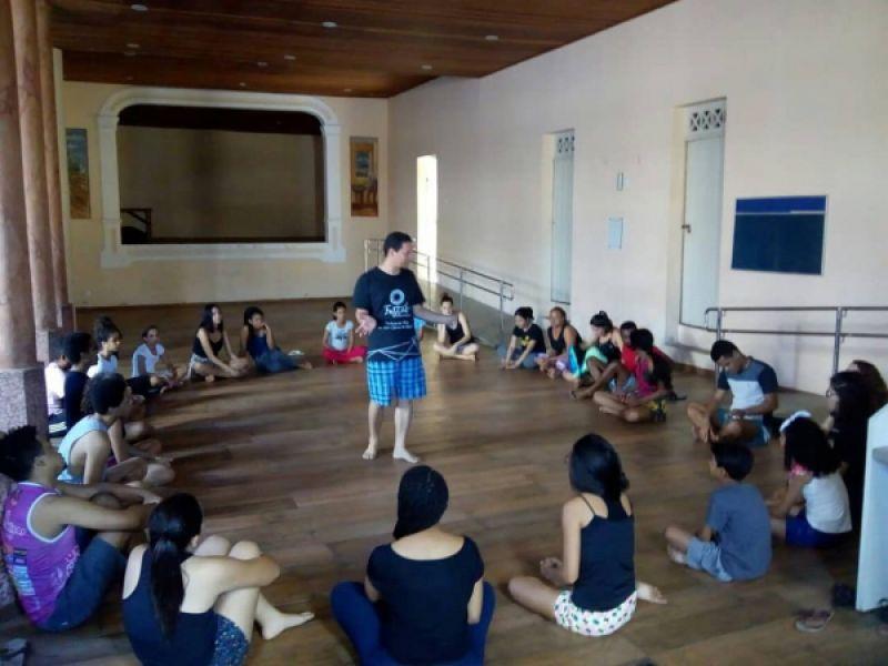 Flor do Sertão prepara segunda edição de curso de teatro para iniciantes em Penedo