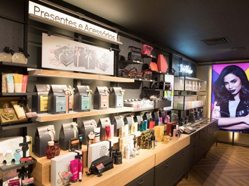 Franquia de cosméticos abre seleção para trabalhar em Penedo