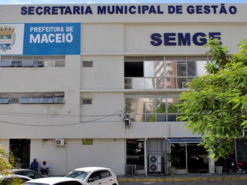 Prefeitura de Maceió promove leilão de bens móveis, veículos recuperáveis e sucatas