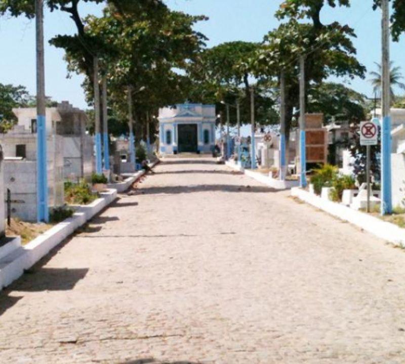 Cemitérios públicos de Maceió terão limite de visitantes no Dia de Finados