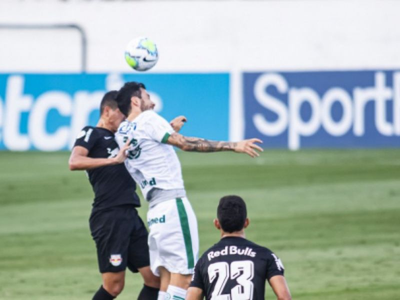 Bragantino vence o Goiás e vai dormir fora do Z-4 do Campeonato Brasileiro