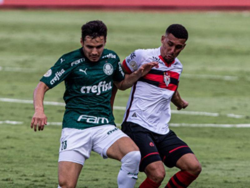 Palmeiras bate o Atlético-GO e volta a vencer no Campeonato Brasileiro