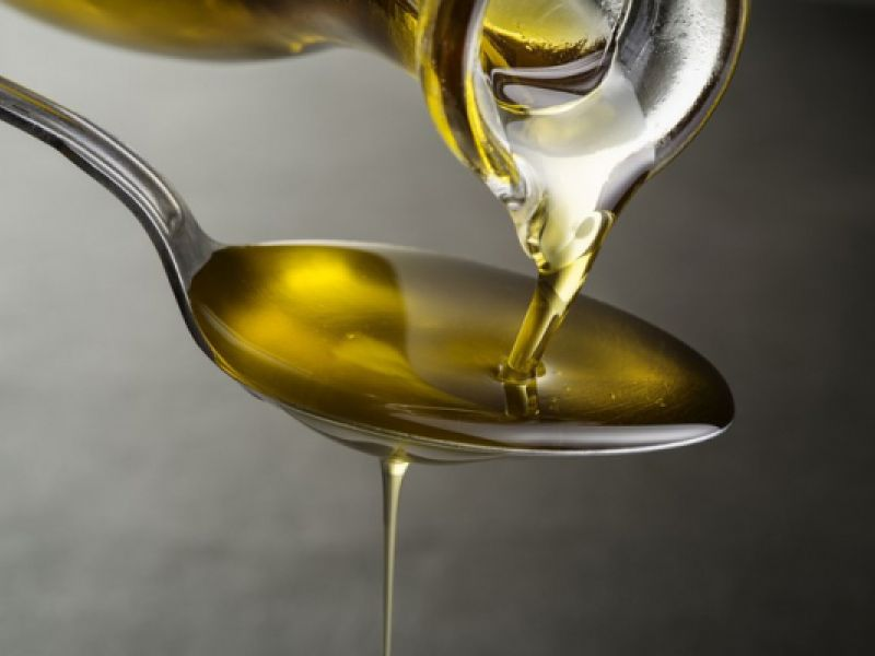 Defesa do Consumidor: proibida a comercialização de nove marcas de azeite de oliva