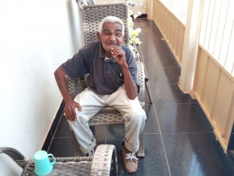 Idoso de 81 anos que reside no interior de Pernambuco procura parentes em Penedo