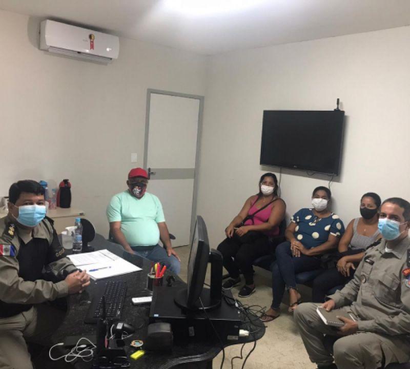 11º BPM e representantes dos comerciantes traçam metas contra o crime na Prainha de Penedo