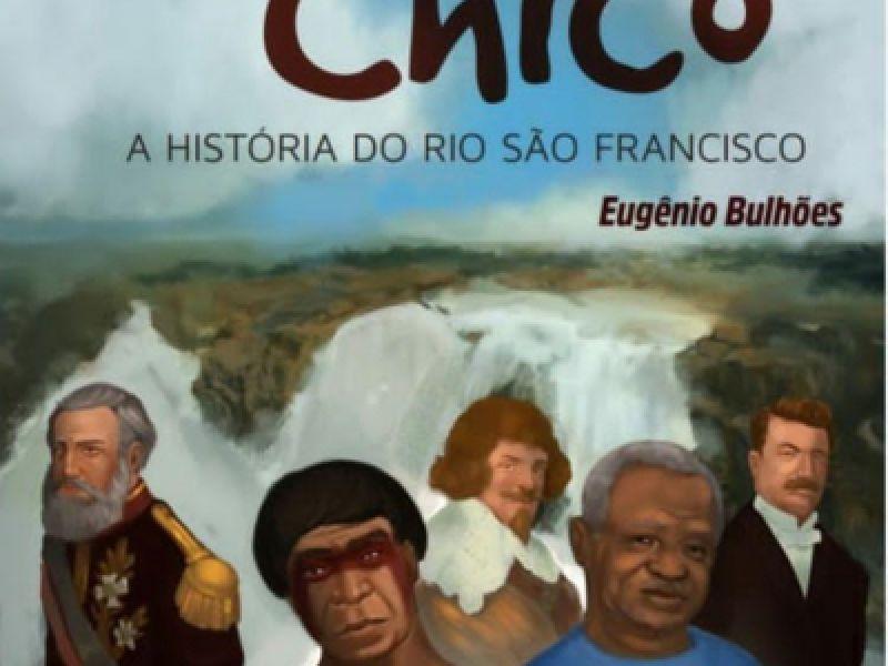 O jovem Penedense Eugênio Bulhões, lança livro em defesa do Velho Chico