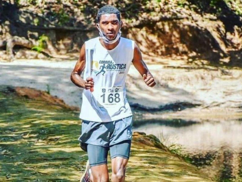 Atleta conta com a ajuda de penedenses para disputar corrida em Marechal Deodoro