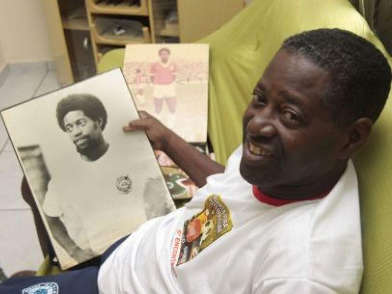 Morre jogador comparado a Pelé na década de 70